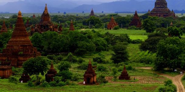 Tysiącletnie Stupy Bagan